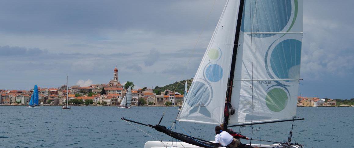 Catamaran School (2)